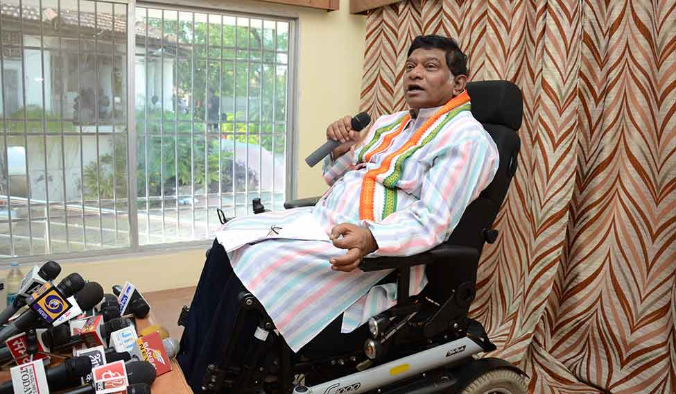 ajit jogi: famous disabled persons in india