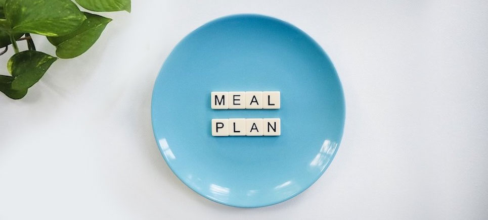 a healthy meal plan is important for maintaining ideal body weight
